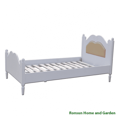 Princess Timber Bed - showing middle frames
